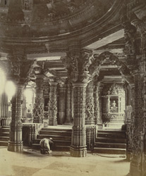 Interior of the Neminatha temple, Abu